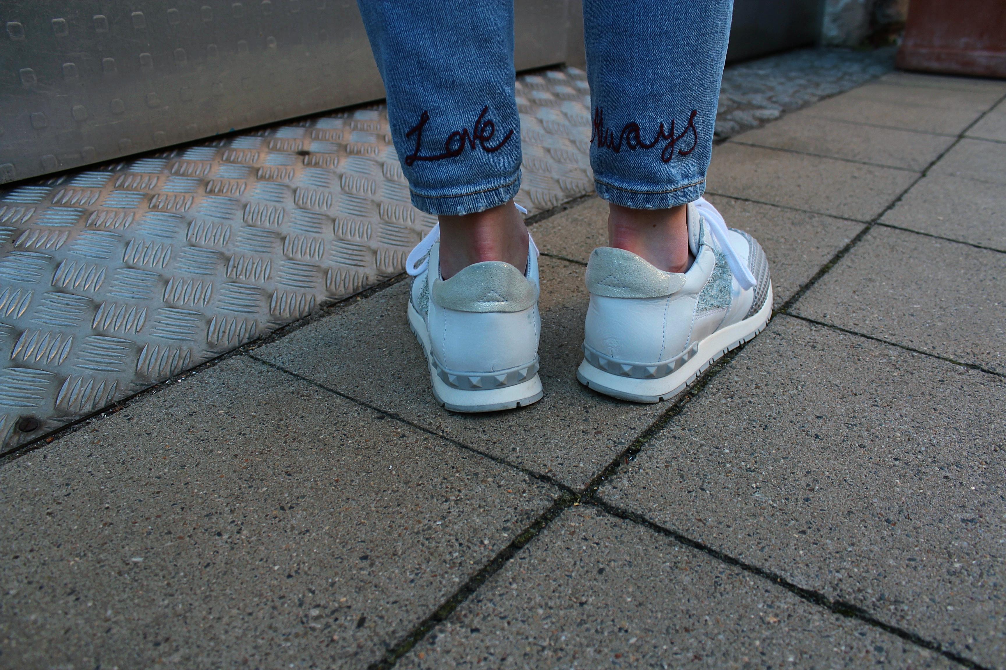 White new Sneaker ?!